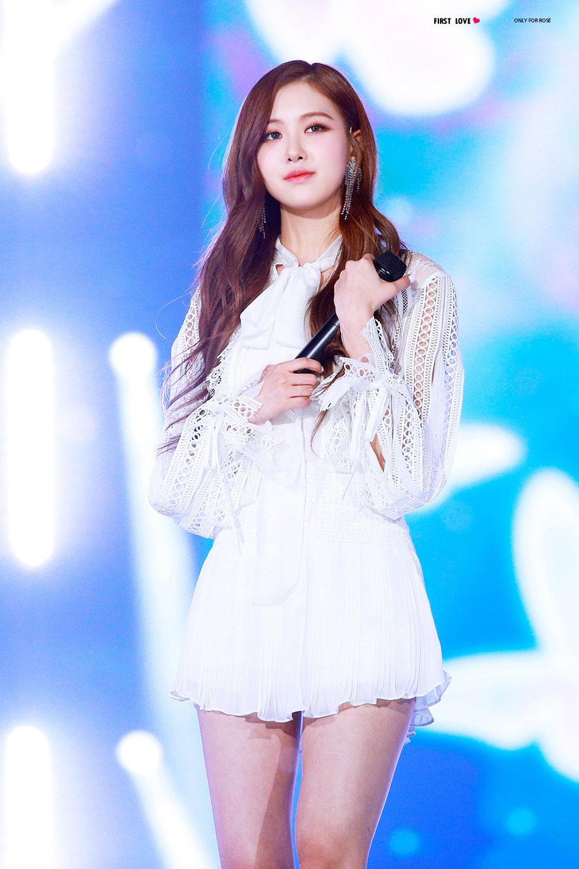 Blackpink Rose Special Stage Sbs Gayo Daejun 2017 11