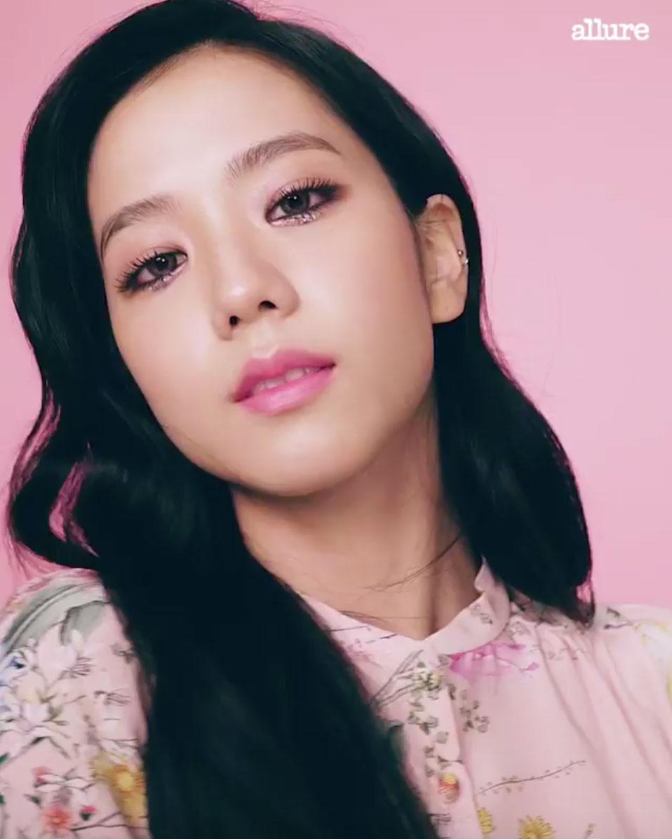 Download Lagu Solo Black Pink: Blackpink Jisoo Magazine