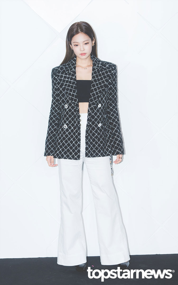 79bfa50277e ... Jennie Looks Classy and Expensive at CHANEL COCO CRUSH Event Seoul ...