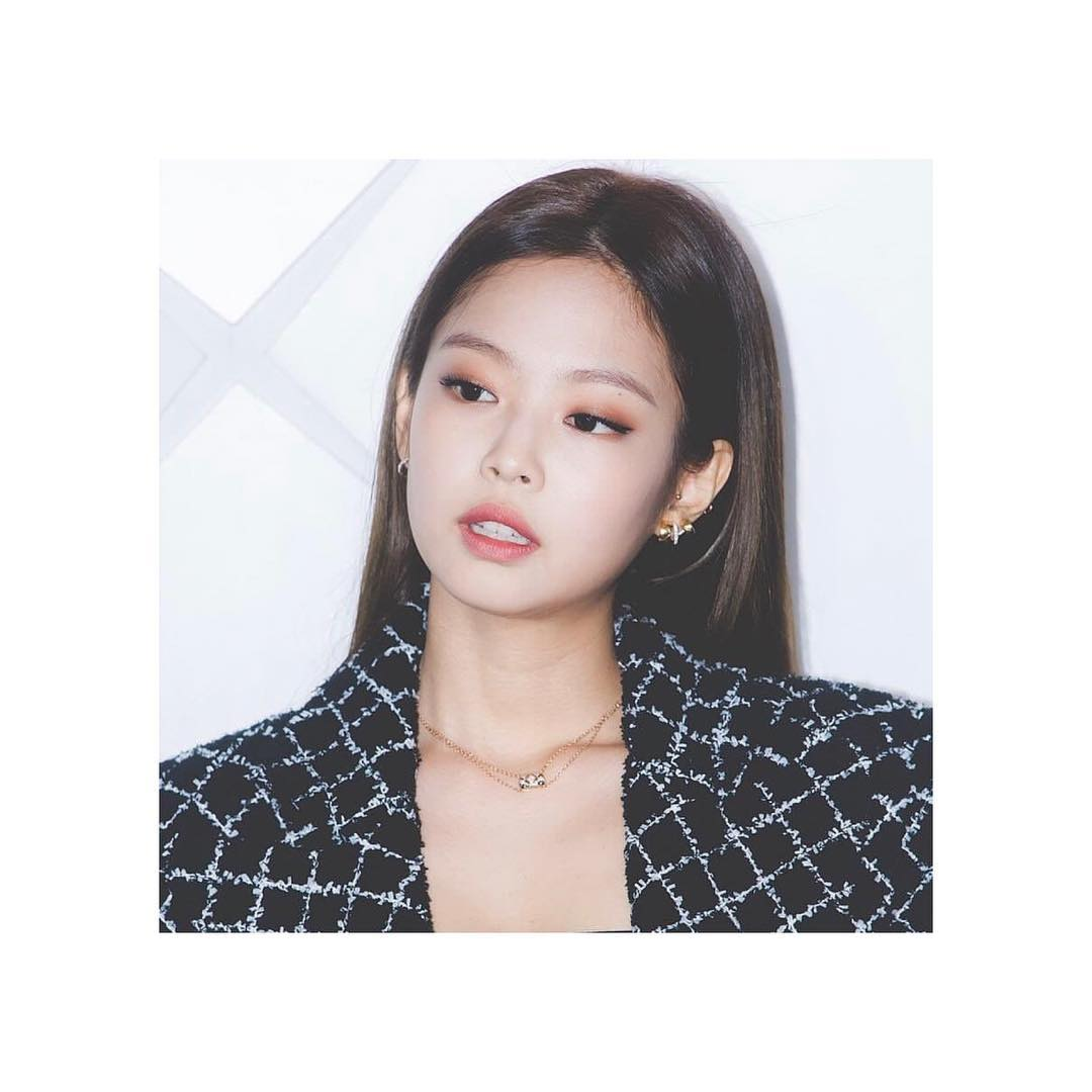 38b724e39fc Read also: Jennie Looks Classy and Expensive at CHANEL COCO CRUSH Event  Seoul