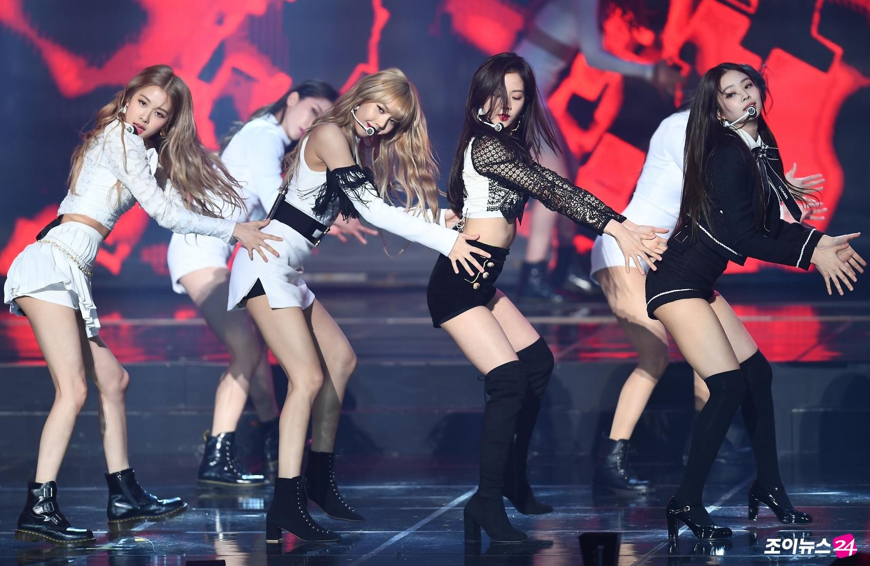 22-BLACKPINK Gaon Chart Music Awards 2019