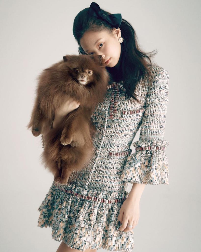 9-BLACKPINK-Jennie-Kuma-Vogue-Korea-Magazine-Cover-May-2020-Issue